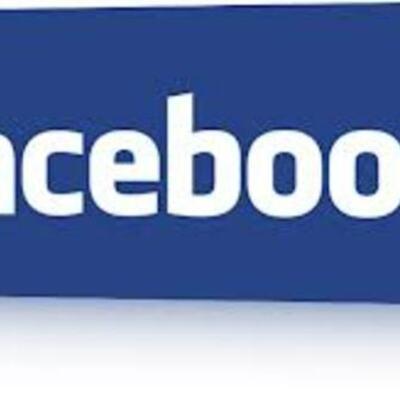Luciana y Ami historia del facebook  timeline