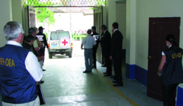 Comisión Forense Internacional Colombia OEA