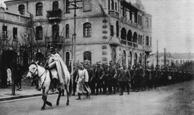 Siege of Tsingtao begins.
