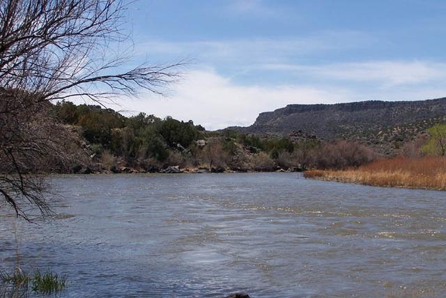 Fray Augustin Rodriguez and Captain Francisco Sanchez Chamuscado travel up the Rio Grande