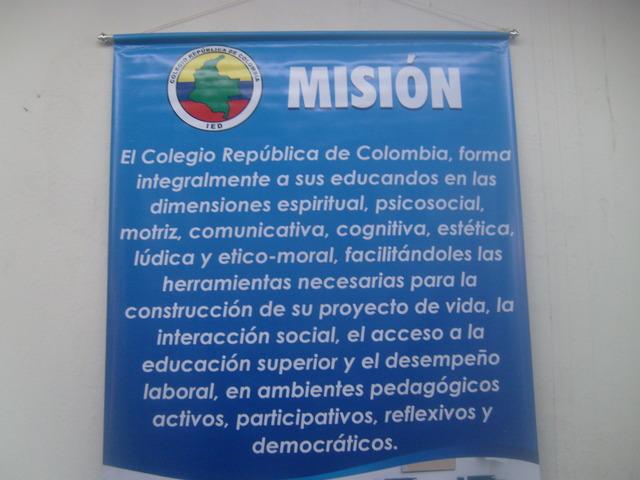 MISIÓN DEL COLEGIO REPÚBLICA DE COLOMBIA