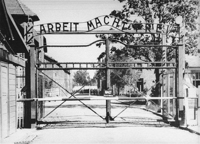 Mass murder at Auschwitz begins.