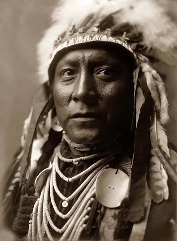 Pueblos Lands Act