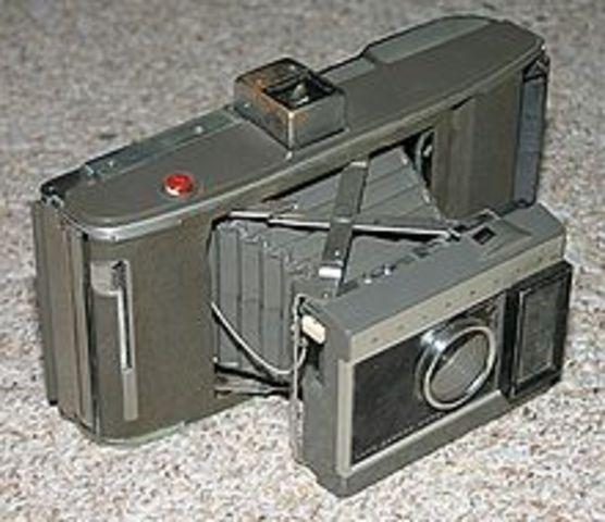 Polaroid Model J66,