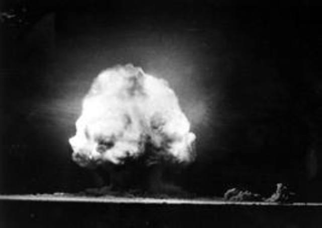 World's first atomic bomb detonated.