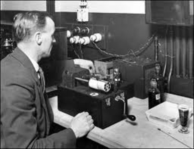 First Radio and First Wireless Radio Signal