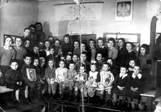 Jewish children expelled from schools
