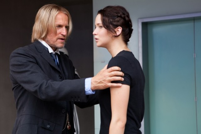 Haymitch comfronts Katniss about the berries