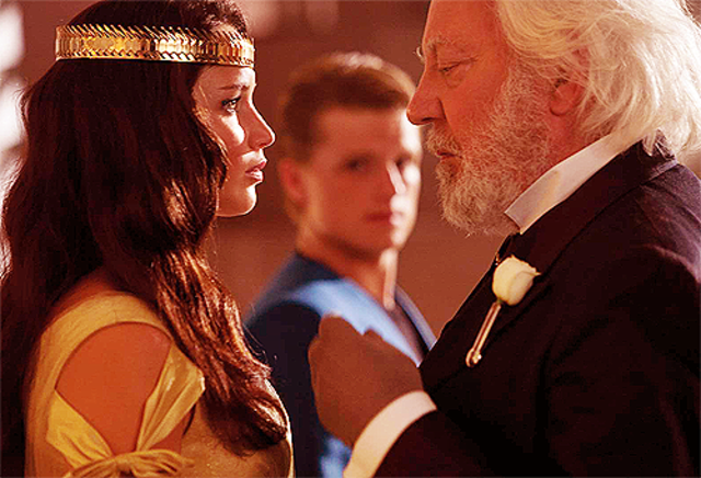 Katniss and Peeta have their winning interviews and crowning