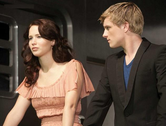Katniss and Peeta go back home to their families