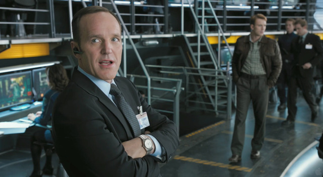 Loki escapes and kills agent Coulson in the process.