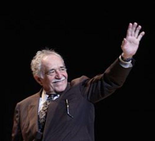 Gabriel García Marquez recibe el Premio Nobel de Literatura