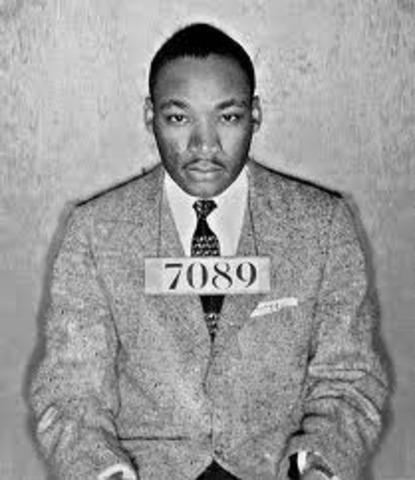 MLK writes Letter from a Birmingham jail