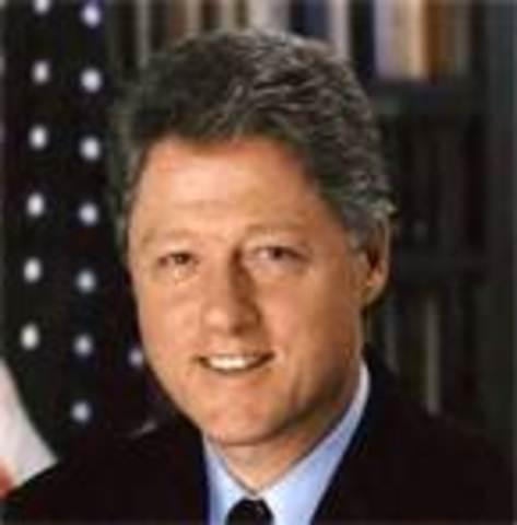 William Jefferson Clinton takes office as POTUS