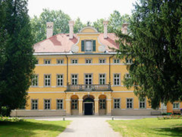 Orff created  a Orff institute, Salzburg