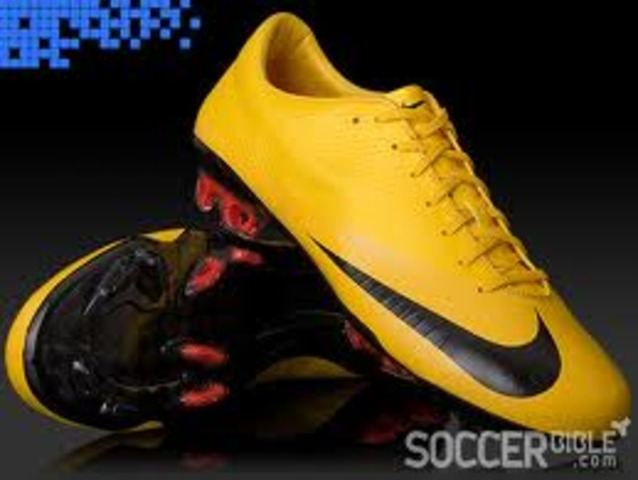 first soccer shoes invented
