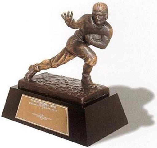 Reggie Bush's Heinsman trophy removed