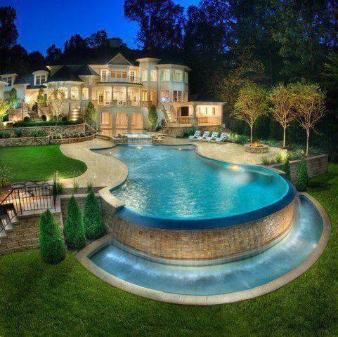 Pretty Pretty House!