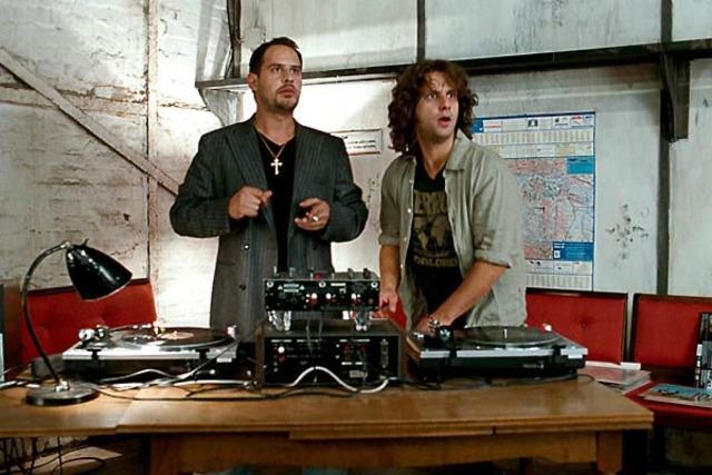 11. Diskothek und DJ-Anlage
