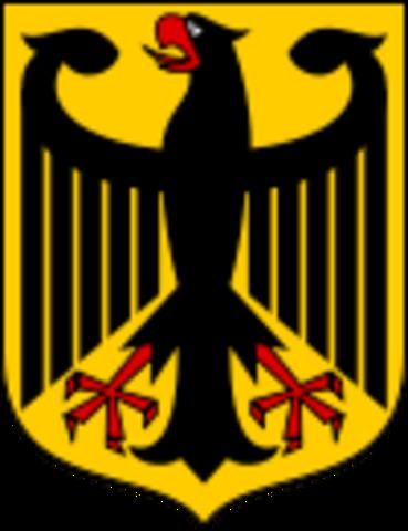 Se crea la RFA (republica federal alemana)