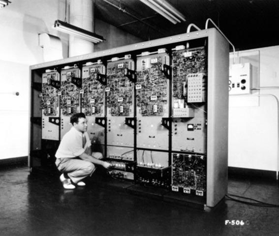 GM-NAA I/O, primer sistema operativo