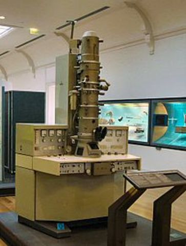First Electron Microscope