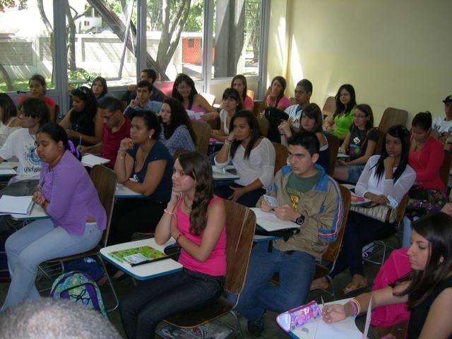 INICIO DE CLASES EN UCV