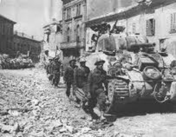 Italy enter war on side of Axis powers