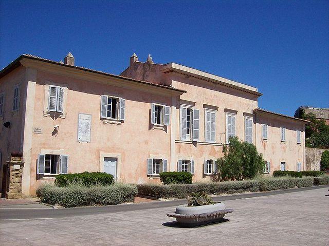 Napoleone esiliato all' isola d' Elba