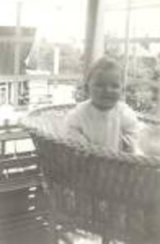 Margaret Bradley Gets born