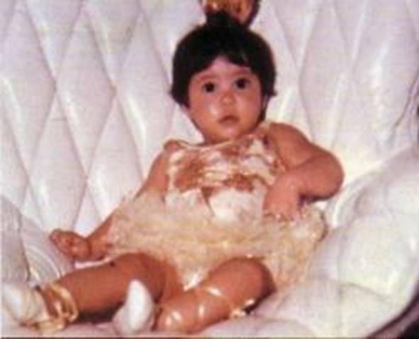 Shakira is born