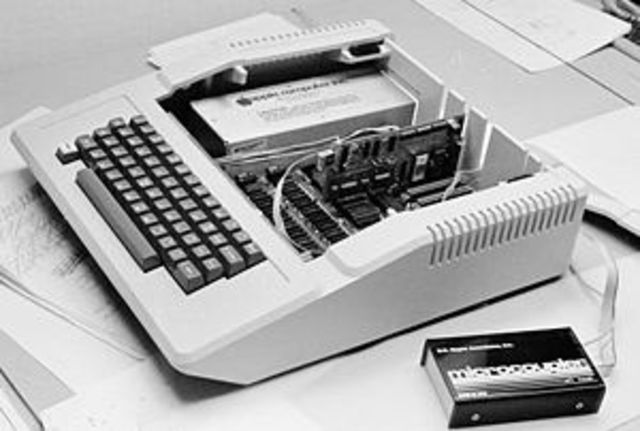 The First PC Modem - Internet
