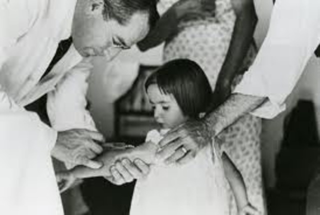 First Yellow Fever Vaccine