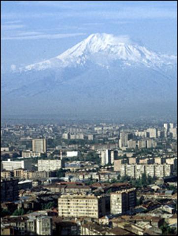 Armenia proclaiming