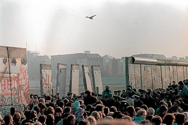 Berlinmuren faller