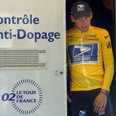 Lance Armstrong : du succès à la chute timeline
