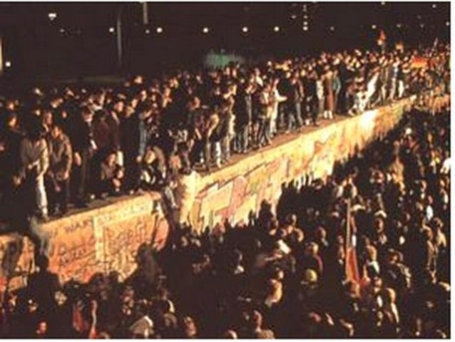 Cae el Muro de Berlín