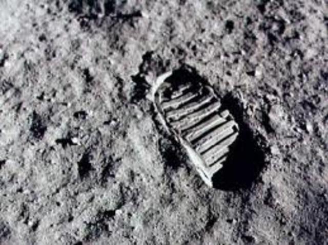 Første mann på månen 2