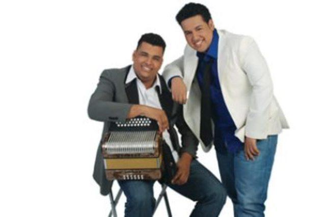 consolidates band with rolando ochoa
