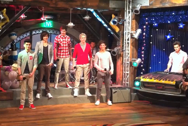 One Direction en ¡Carly