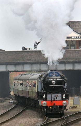 Steam powered locomotives