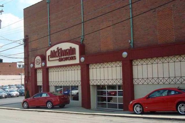 Hace seis años que trabajé en Mcelwain Motors.