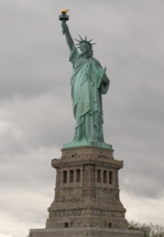 5 oct 1886 statue of Liberty was deticated