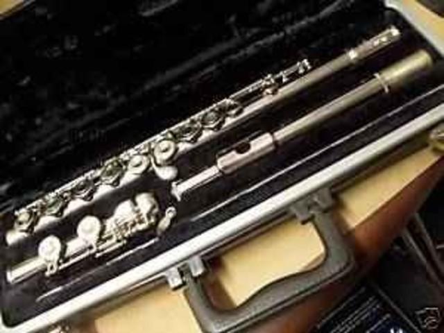 Hace 10 años que toco la flauta.