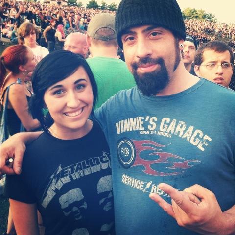 Hace dos meses que asistí a un concierto de Anthrax, uno de mis bandas favoritas, y conocí el guitarrista, Rob Caggiano.