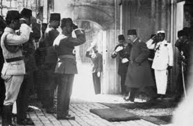 Fall of the Ottoman Empire following WWI