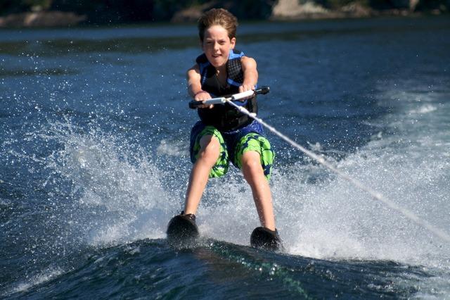 Me aprendía a esquiar de agua