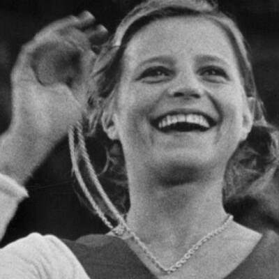 Línea del tiempo carrera olímpica Olga Korbut timeline