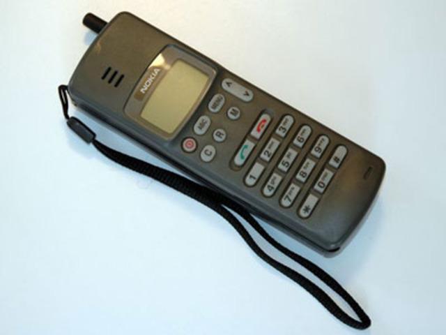 1990-1993. Hablando sin cables