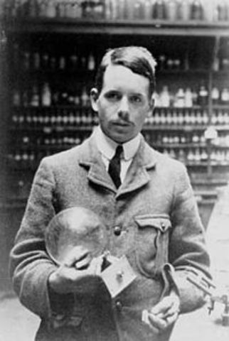 Henry Moseley- Atomic Number vs Atomic Mass- table